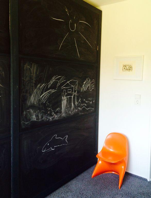 Schrank im Kinderzimmer