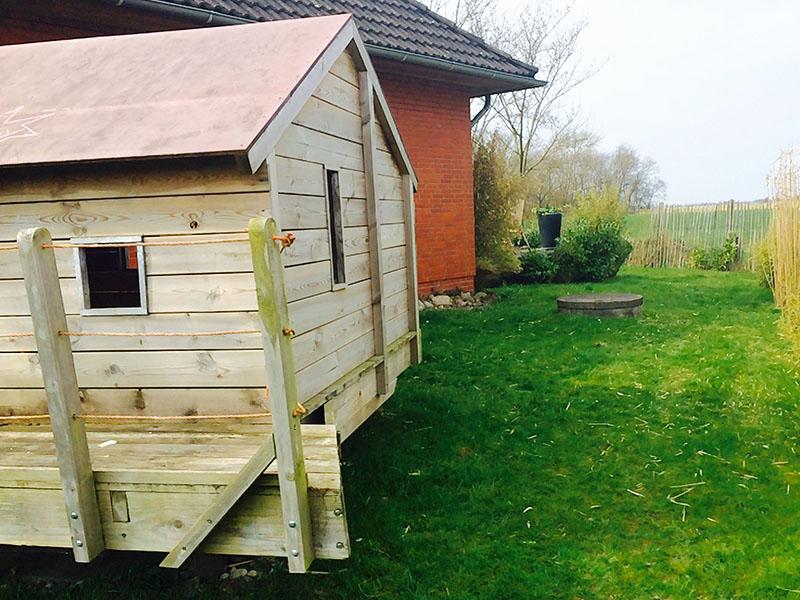 Spielhaus im Garten